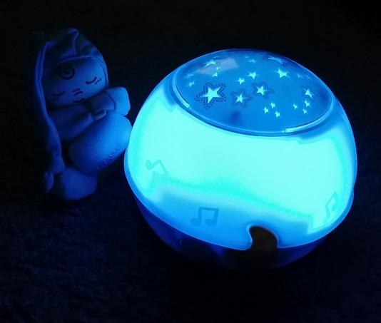 Chicco Nachtlicht Sternenhimmelprojektor blau leuchtend